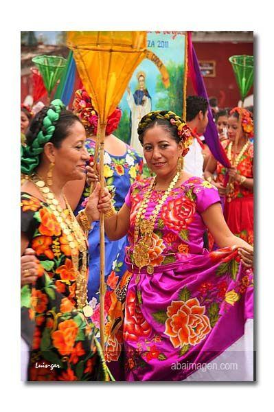 Festivités Mexico, Amérique du Sud Culture |https://www.pinterest.com/artpreneure/south-america-culture-amerique-du-sud/